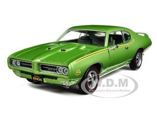 1969 Pontiac GTO Judge Green American Muscle 20th Anniversary Edition 1/18 Diecast Model Car Autoworld AMM960