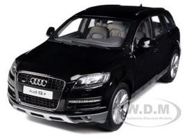 Audi Q7 Black 1/18 Diecast Car Model  Kyosho 09222