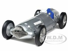 1938 Mercedes W 154 Silver 1/18 Diecast Car Model CMC 025