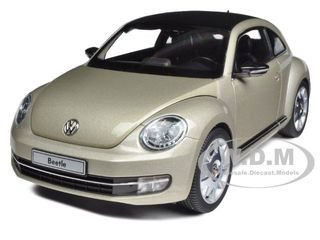 2012 Volkswagen New Beetle Moon Rock Silver 1/18 Diecast Model Car Kyosho 08811
