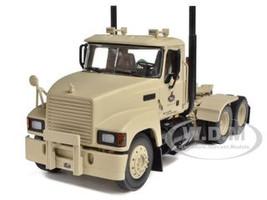 Military Pinnacle Axle Forward Tractor Defense, LLC 1/34 First Gear 19-3973