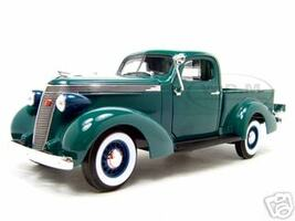 1937 Studebaker Pickup Express Green 1/18 Diecast Model Car Road Signature 92458