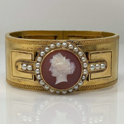 Fine Antique English 18 Karat Gold Cameo and Seed Pearls Bracelet.