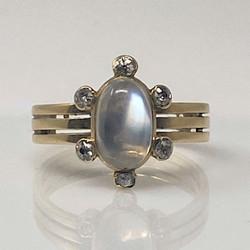 Antique English Edwardian 18 Karat Gold Moonstone and Diamond Ring