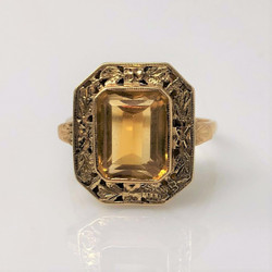 Antique American 14 Karat Gold and Citrine Ring