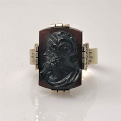 Antique American 14 Karat Gold Carnelian Ring