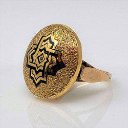 Antique American 14 Karat Gold and Black Enamel Ring