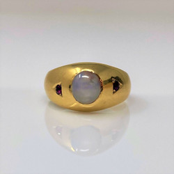 Antique American 14 Karat Gold Moonstone and Garnet Ring