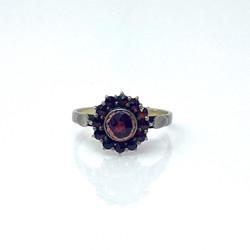 Fine Garnet Ring