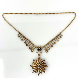 Antique English Victorian 18 Karat Gold Pearl Necklace