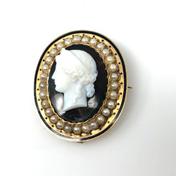 Antique 18K Onyx and Pearl Cameo Pin