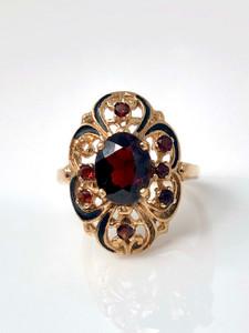 Estate Garnet 14 Karat Gold Ring