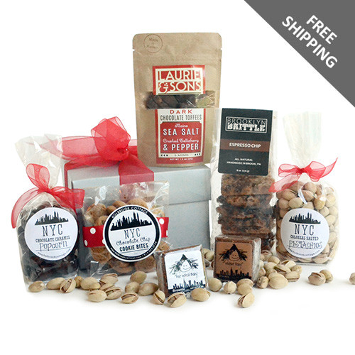 Brownies, Brittle, Popcorn, Almonds and more in this gourmet food gift box.