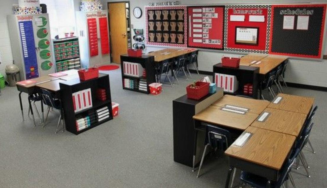 the 21st century classroom 7 ways to arrange collaborative desks rh classroomessentialsonline com classroom desk arrangements for 19 students classroom desk arrangements for 40 students