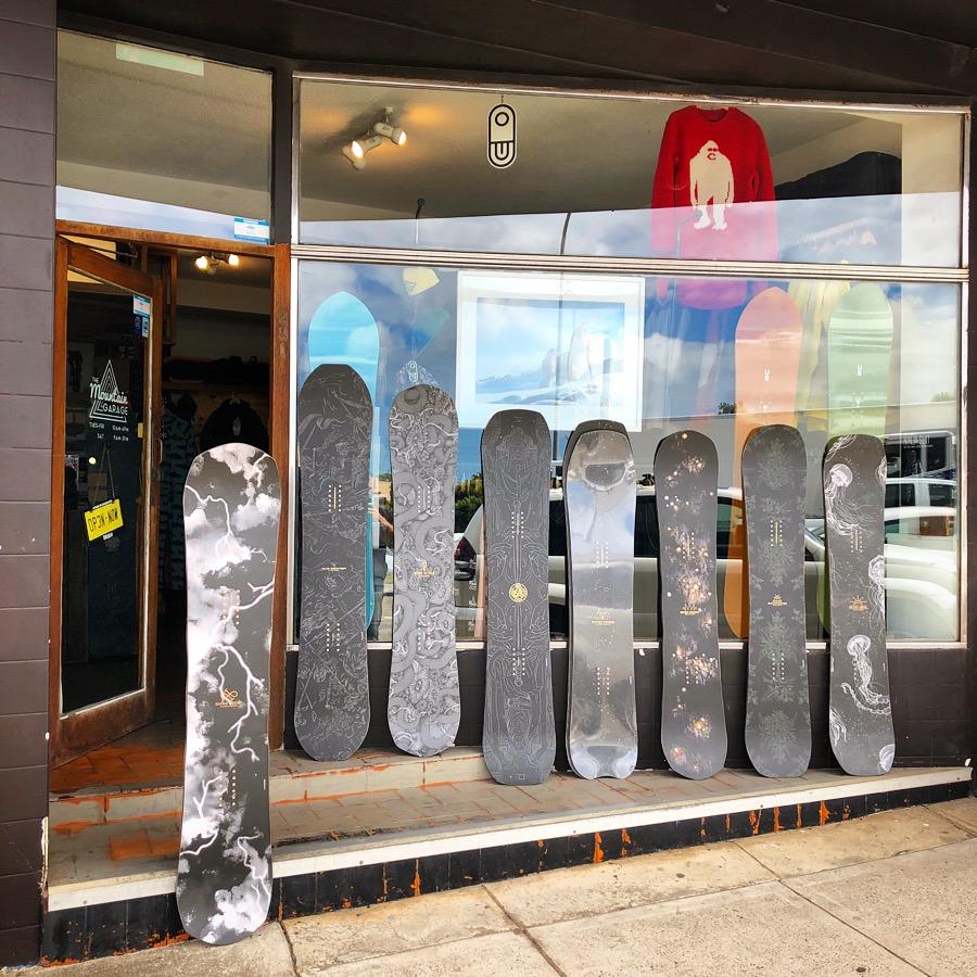 Niche 2020 Snowboards Image