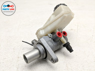 2012-2015 RANGE ROVER EVOQUE L538 MASTER BRAKE CYLINDER W/ RESERVOIR BOTTLE OEM