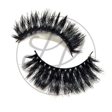 Olivia Lashes Criss Cross