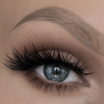 Lena Lashes Dream Lashes swatched by Taren