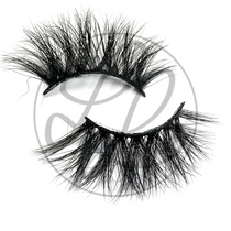 Lena Lashes Isoken Lashes Criss Cross