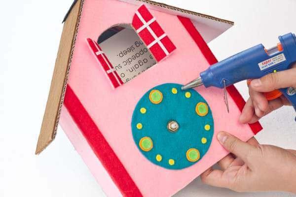 Decorate your cuckoo clocks