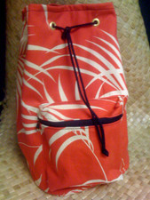 Hawaiian print palm sling bag red