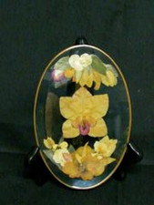 FLOWERS IN GLASS - SMALL OVAL