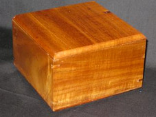 BOX - Acacia Wood (Lift off lid - 5 3/4 x 5 3/4 X 3 1/2)
