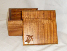 BOX - Acacia Wood (Lift off lid - 5.75 x 5.75 X 3.5) w honu engraved