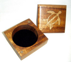 Koa Box with 2 tone wood Honu design