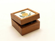 Hawaiian Tiled Koa Box - Pineapple