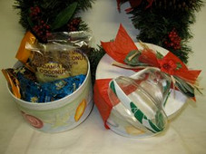 Xmas - Multi Shell Gift Box w/ Island Goodies