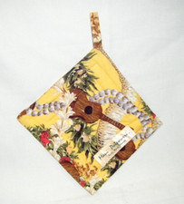 Hawaiian print Pot Holder