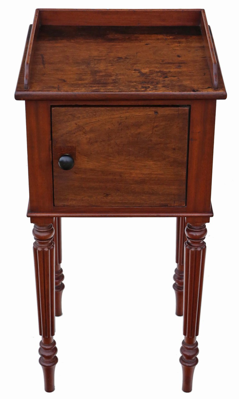 Picture of: Antique Mahogany Bedside Table Cupboard Cabinet Prior Willis Antiques
