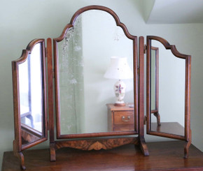 Antique early 20C walnut dressing table triple tryptich mirror toilet