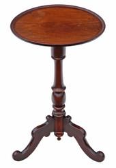 Antique quality Regency mahogany tilt top wine or side table