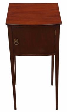 Antique quality Georgian revival C1910 mahogany bedside table cupboard