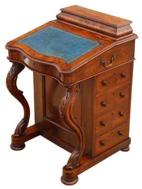 Antique quality Victorian figured walnut davenport desk or writing table