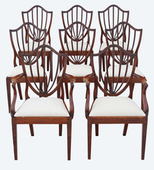 Antique fine quality set of 8 (6+2) Georgian mahogany shield back dining chairs