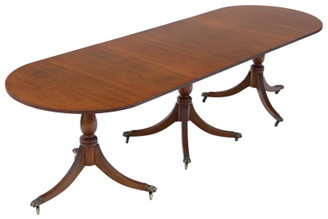 """Antique large fine quality mahogany extending pedestal dining table ~9'8"""" x 3'"""