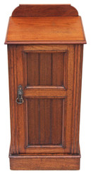 Antique Edwardian or late Victorian walnut bedside cupboard table cabinet
