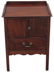 Antique Georgian mahogany 19C bedside cupboard table cabinet commode