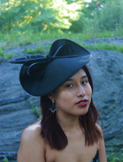 Anne Black Fascinator
