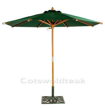 Cotswold Teak 2.5m diameter premium parasol, available in Green. 48mm dia. pole.