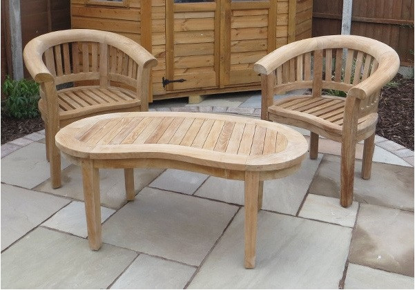 Crummock Chairs With A Cam Coffee Table
