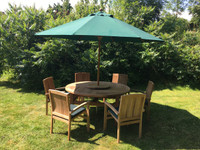 Chunky Churn 160cm Table with 6 Henley Stacking Chairs and 3m Parasol