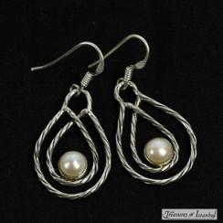 Pearl earrings - 067