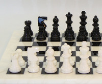Alabaster Chess Set Black and White2