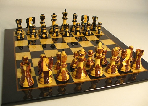 Carreaux Chess Set - Chess Pieces and Matching Chess Board