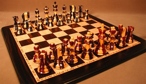 Carreaux Chess Set - Chess Pieces and Matching Chess Board WW-D-S-37SI-EBM