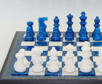 Alabaster Chess Set in Blue and White ww412